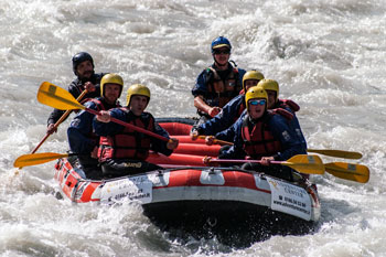 rafting relax adventure